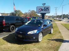 2012_FORD_FOCUS_SE HATCHBACK, BUY BACK GUARANTEE & WARRANTY, CD PLAYER, BLUETOOTH, SIRIUS, AUX/USB PORT, LOW MILES!_ Virginia Beach VA