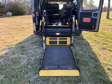 2012_Ford_E250 Ext Wheelchair Van_Recreational_ Crozier VA