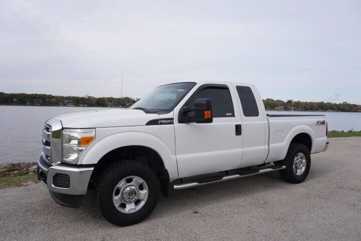 2012_Ford_Super Duty F-250 SRW_XLT 6.2L V8 Gas Engine 4x4 Clean CarFax_ Decatur IL