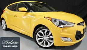 Hyundai Veloster w/Black Int FWD / Manual Transmission/ Sunroof/ Dimension Audio 2012