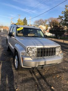 2012_Jeep_Liberty_Limited 4WD_ Chicago IL