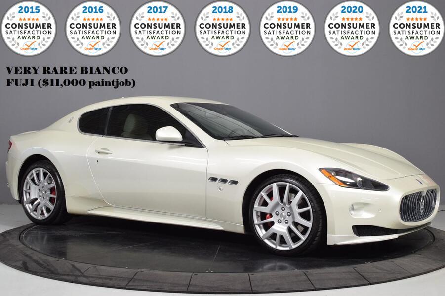 2012_Maserati_GranTurismo_S_ Glendale Heights IL