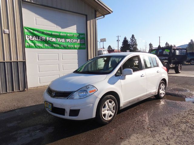 2012 Nissan Versa 1.8 SL Hatchback Spokane Valley WA