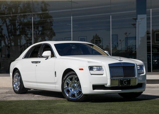 mockexamquestions rollsroyce Text preview  section a answer one question from this section read the item below and then answer the question that follows rolls-royce plc aerospace engineering multinational rolls-royce plc is one of the uk's leading manufacturing businesses.