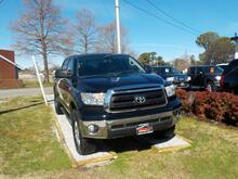 2012_TOYOTA_TUNDRA_TRD OFF ROAD CREW MAX 4X4, WARRANTY,  LEATHER, TOW PKG, SUNROOF, RUNNING BOARDS, POWER DRIVERS SEAT!_ Norfolk VA