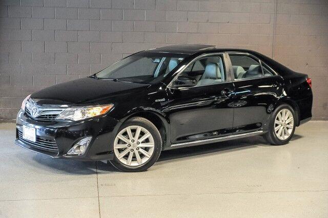2012_Toyota_Camry XLE Hybrid_4dr Sedan_ Chicago IL