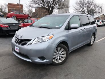2012_Toyota_Sienna_LE_ Worcester MA
