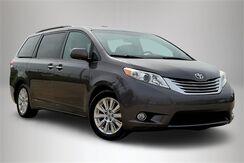2012_Toyota_Sienna_Limited_ Philadelphia PA