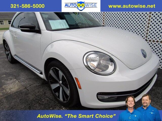 Volkswagen Beetle 2.0T White Turbo Launch Edition PZEV 2012