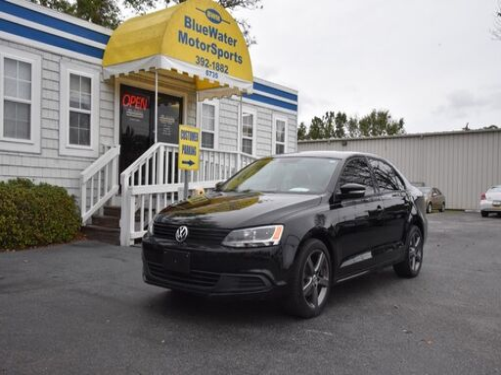 2012_Volkswagen_Jetta Sedan_SE w/Convenience PZEV_ Wilmington NC
