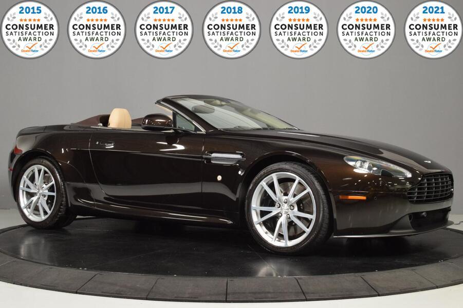 2013_Aston Martin_V8 Vantage__ Glendale Heights IL