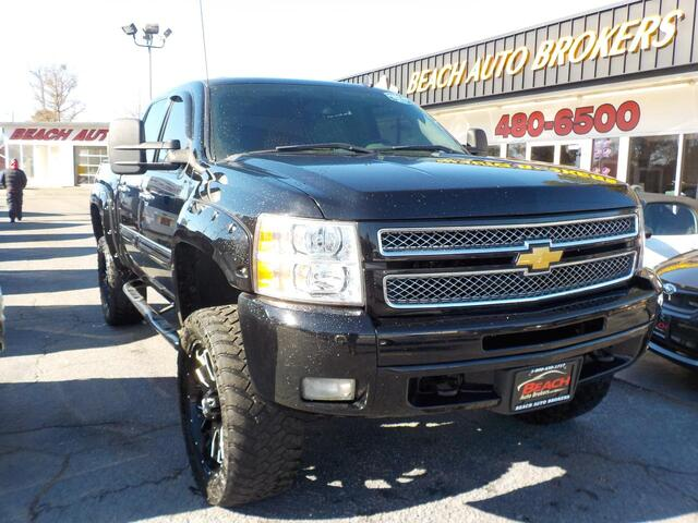 2013 CHEVROLET SILVERADO 1500 LT CREW CAN 4X4, WARRANTY, RUNNING BOARDS, TONNEA COVER, TOW PKG, POWER DRIVERS SEAT, ONSTAR!!! Norfolk VA