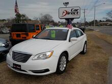 2013_CHRYSLER_200_TOURING, BUYBACK GUARANTEE , WARRANTY, DVD, BLUETOOTH, HEATED SEATS, SUNROOF, ONLY 51K MILES!!!_ Virginia Beach VA