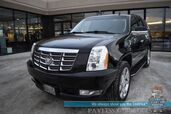 2013 Cadillac Escalade Luxury / AWD / Auto Start / Heated & Cooled Leather Seats / Heated Steering Wheel / Bose Speakers / Navigation / Sunroof / Blind Spot Alert / Rear Captain Chairs / 3rd Row / Seats 7 / Bluetooth / Back Up Camera