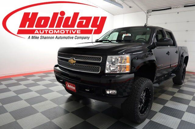 vehicle details 2013 chevrolet silverado 1500 at holiday automotive fond du lac holiday. Black Bedroom Furniture Sets. Home Design Ideas