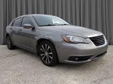 2013_Chrysler_200_Touring_ Philadelphia PA