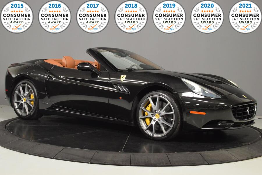 2013_Ferrari_California__ Glendale Heights IL