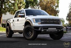 Ford F150 SuperCrew Cab SVT Raptor Pickup 4D 5 1/2 ft 2013