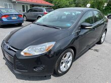 2013_Ford_Focus_SE_ Chambersburg PA