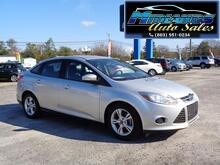2013_Ford_Focus_SE Sedan_ Lexington SC