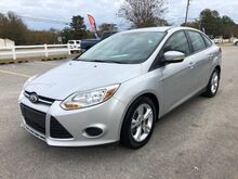 2013_Ford_Focus_SE Sedan_ Lexington SC