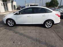 2013_Ford_Focus_SE_ Kansas City MO