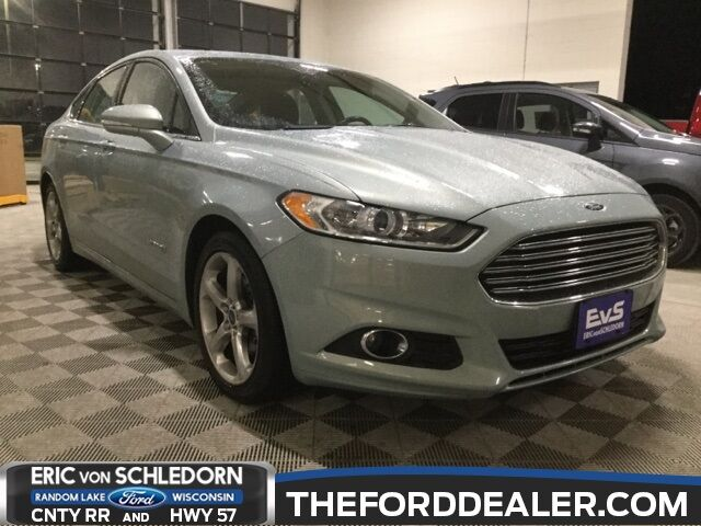 2013 Ford Fusion Hybrid SE Milwaukee WI
