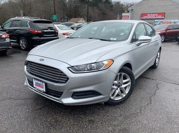 2013_Ford_Fusion_SE_ Worcester MA