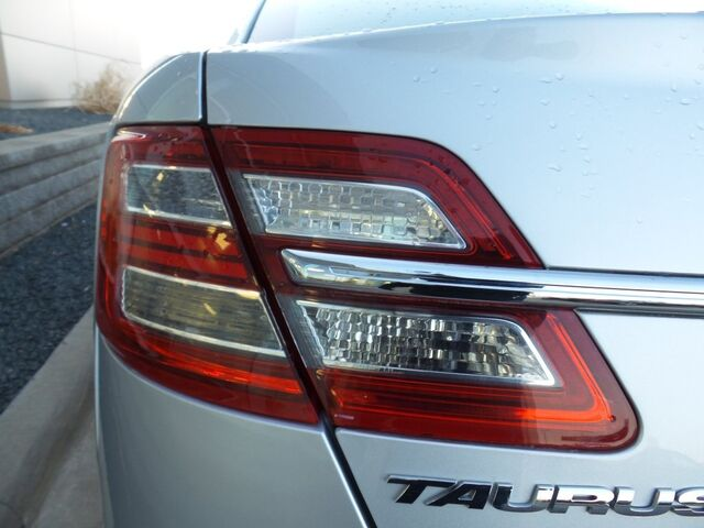 2013 Ford Taurus SE Rochester MN