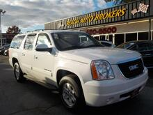 2013_GMC_YUKON_XL SLT 4X4, BUYBACK GUARANTEE, WARRANTY, LEATHER, 3RD ROW, BACKUP CAM, REMOTE START, GORGEOUS!!!_ Norfolk VA