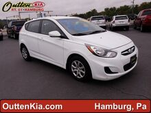 2013_Hyundai_Accent_GS_ Hamburg PA