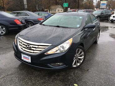 2013_Hyundai_Sonata_Limited_ Worcester MA