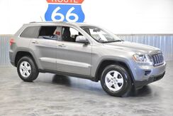 2013_Jeep_Grand Cherokee_4WD!!! 1 OWNER! LOADED! SNOW/SPORT RIDE CONTROL! LOADED! LIKE NEW! LOW MILES!_ Norman OK