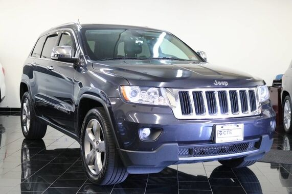 2013_Jeep_Grand Cherokee_4WD 4dr Limited, Clean CarFax, Navigation System, Back-up Camera, Sliding Moonroof, UConnect Media Interface, Heated Seats / Steering,_ Leonia NJ