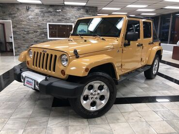 2013_Jeep_Wrangler Unlimited_Sahara_ Worcester MA