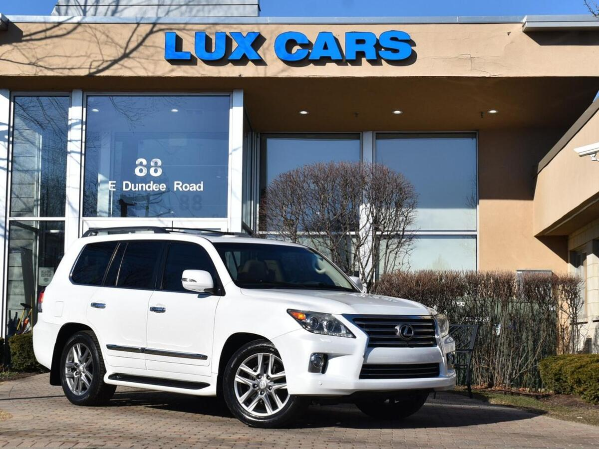 2013_Lexus_LX 570_Luxury Nav Rear DVD 4WD MSRP $90,068_ Buffalo Grove IL