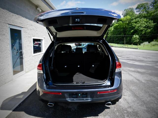 2013 Lincoln MKX AWD 4dr SUV  W/ NAVI & Sunroof Grafton WV