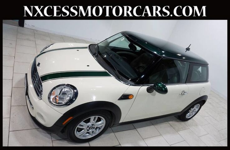 2013 MINI Cooper Hardtop COUPE AUTOMATIC ALLOY WHEELS CLEAN CARFAX. Houston TX
