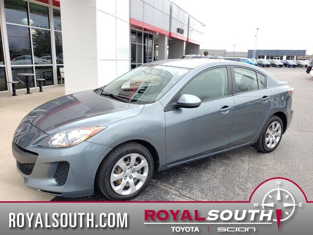 2013 Mazda Mazda3 i Sport Bloomington IN