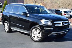 2013_Mercedes-Benz_GL-Class_GL 450 4Matic_ Easton PA