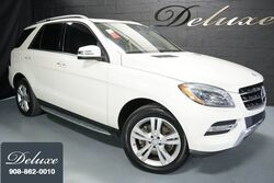 Mercedes-Benz ML 350 4MATIC, Premium Package, Navigation System, Rear-View Camera, Harman Kardon Surround Sound, Heated Leather Seats, Power Sunroof, 19-Inch Alloy Wheels, 2013