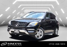 Mercedes-Benz ML350 4 MATIC PREMIUM PKG NAVIGATION BSM CLEAN CARFAX. 2013