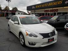 2013_NISSAN_ALTIMA_SL, BUYBACK GUARANTEE, WARRANTY, LEATHER, BACKUP CAM, REMOTE START, SUNROOF, ONLY 36K MILES!!_ Norfolk VA