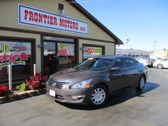 2013 Nissan Altima 2 5 S Middletown Oh 26629927