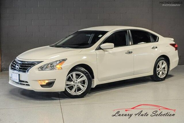 2013_Nissan_Altima 2.5 SV_4dr Sedan_ Chicago IL