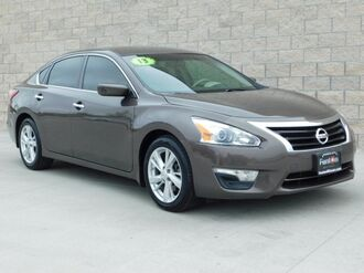 2013_Nissan_Altima__ Kansas City MO