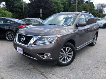2013_Nissan_Pathfinder_SL_ Worcester MA