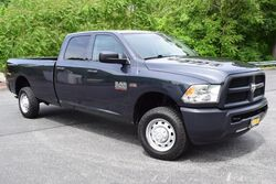 Ram 2500HD 4x4 V8 Hemi Tradesman Long Bed 2013