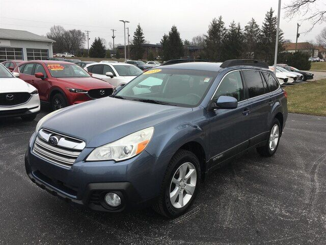 2013 Subaru Outback 2.5i Premium Bloomington IN