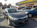 2013 TOYOTA CAMRY XLE, BUYBACK GUARANTEE,WARRANTY, LEATHER, BACKUP CAM, NAV, HEATED SEATS,ONLY 55K MILES!!